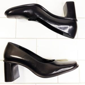 90's Franco Sarto Square Toe Leather Day Heels